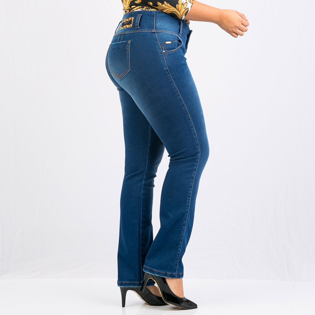 9dbf017ec8 Jean super pretina bota recta para mujer plus Farichi Studio tiene una  característica