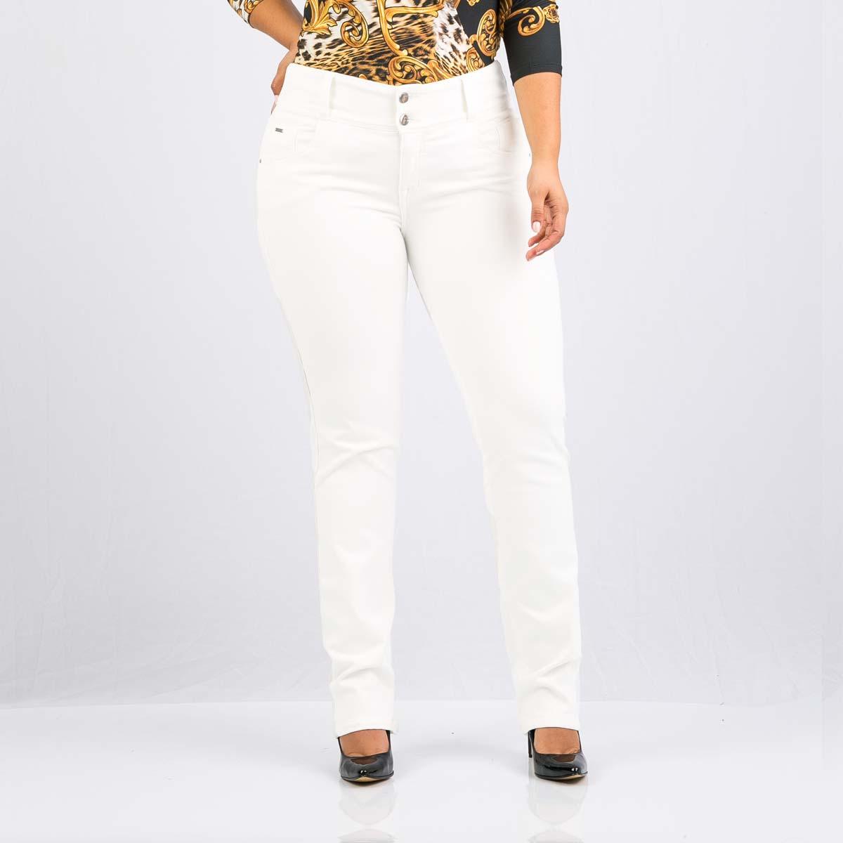 0a23a99778 Pantalón blanco bota recta para mujer Farichi Studio tiene una  característica